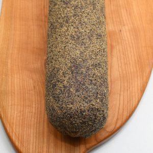 salami w obsypce pieprzowej